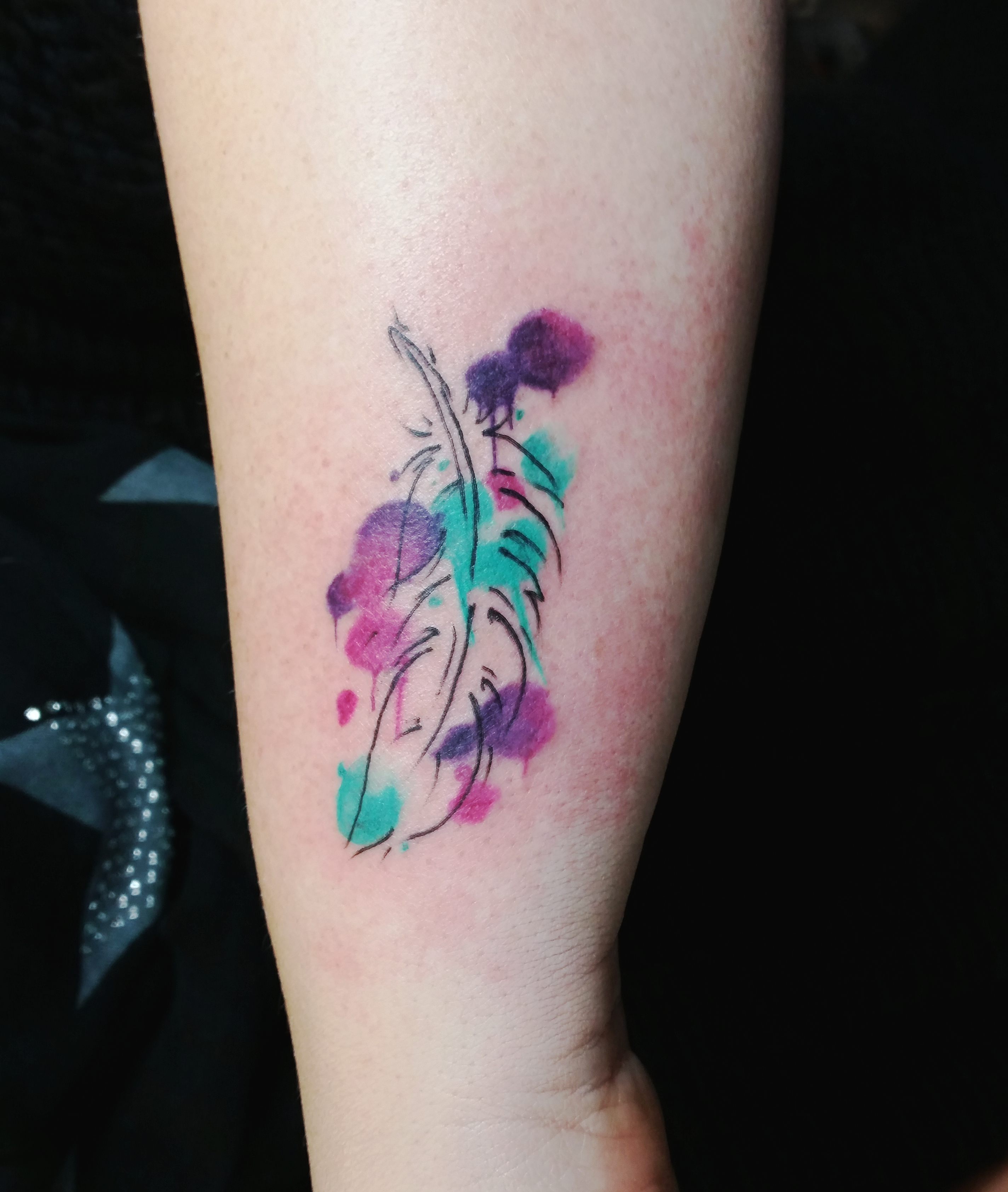federtattoo aquarell tattoo watercolor tattoos. Black Bedroom Furniture Sets. Home Design Ideas